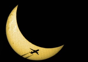 eclipsesolaire20150320Avion02